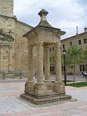 Monumento a Andrés Pérez de Herrasti.jpg