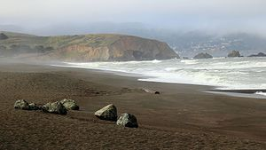 Mori Point - Image: Mori Point from Pacifica Beach in Pacifica California (9060304932)