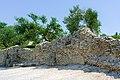 Mura medievali Grotte di Catullo Sirmione.jpg