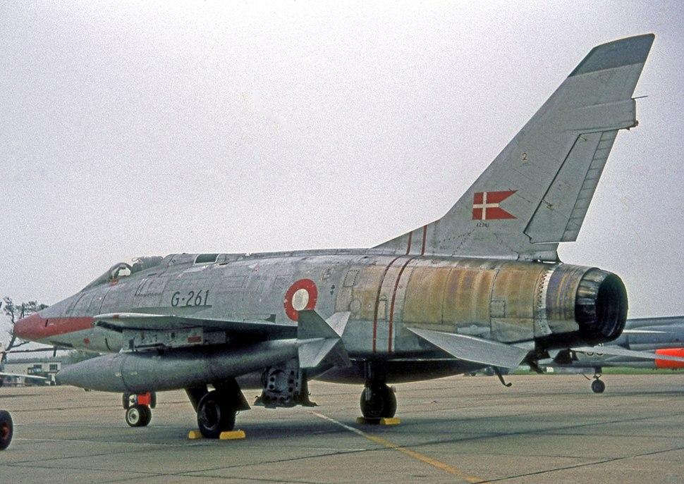 N.A. F-100D G-261 42261 RDAF WADD 09.65 edited-2