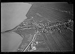NIMH - 2011 - 0489 - Aerial photograph of Spakenburg, The Netherlands - 1920 - 1940.jpg