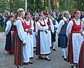 National costumes Finland.jpg