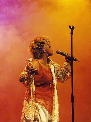 Neneh Cherry - Cherry performing in Vienna in 1996