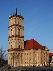 Neustrelitz (Stadtkirche) seitlich.jpg