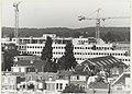Nieuwbouw aan het Houtplein, ziende vanaf Koningstein naar het westen. NL-HlmNHA 54023578.JPG