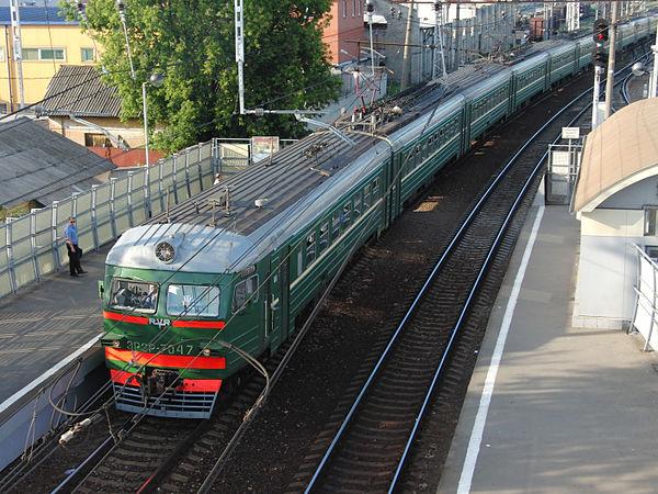 ЭР2Р-7047 на станции Орехово-