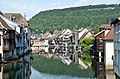 Ornans houses built along the river Loue with lovely reflections - panoramio.jpg