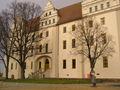 Ortenburg Bautzen Haupteingang.JPG