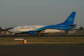 Our Airline (VH-INU) Boeing 737-3Y0 at Sydney Airport.jpg