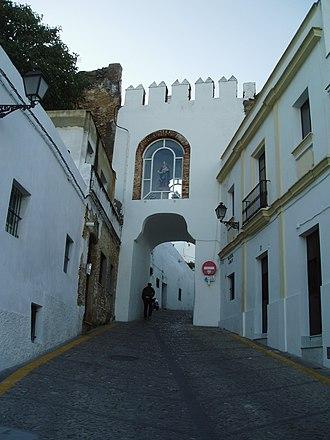 Walls of Arcos de la Frontera - City gate Puerta de Matrera