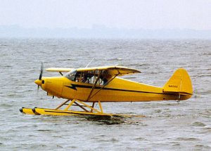 Piper PA-12 - PA-12 on floats