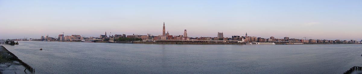 Antwerpen vanaf Linkeroever