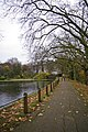 Path between Hampstead Ponds, London NW3 - geograph.org.uk - 1047767.jpg
