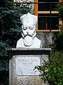 Pazmany szobor piliscsaba.JPG