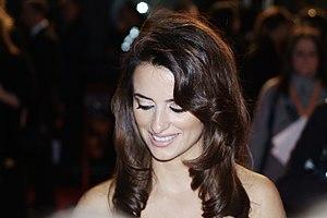 English: Penélope Cruz in BAFTA 2007.