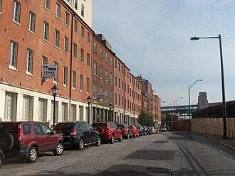 Front Street (Philadelphia) - Image: Phila Front Street 05