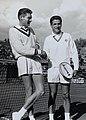 Pierre Darmon et Roy Emerson.jpg
