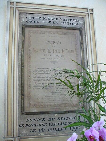 File:Pierre bastille.JPG