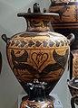 Pittore di micali, hydria etrusca con sfingi, dalla tomba di vasi del pittore di micali, necr. osteria, 520-510 ac ca.jpg