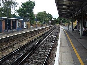 Bexleyheath railway station - Image: Platforms 1 & 2 Bexleyheath Station
