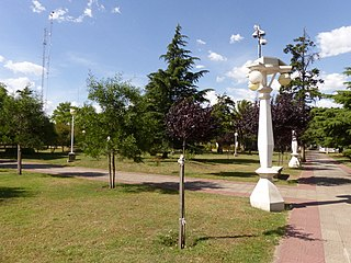 PlazaIndependencia Saldungaray.jpg
