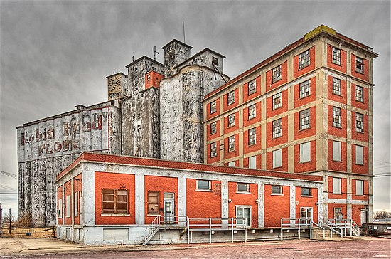 Ponca City Milling Company Elevator, by MichaelStano.