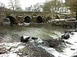 Pont de Bohardy sur l'Èvre à Montrevault-3.jpg