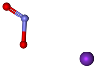 Potassium nitrite ball-and-stick.png