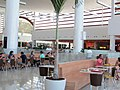 Praça de alimentação do RioMar Shopping - Recife, Pernambuco, Brasil (8645338317).jpg