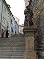 Praha, Hradčany, Radnické schody, socha sv. Josefa 01.jpg