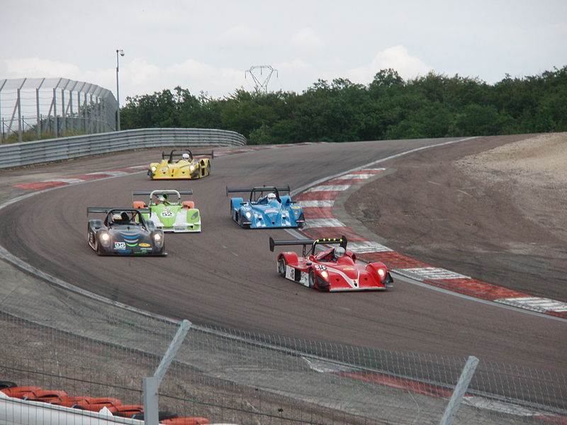 2007 FFSA Proto 2 litres race in Dijon-Prenois - Fight at the Gauche de la bretelle