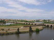 Puente romano mérida.jpg