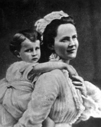 Elisabeth of Wied - Queen Elisabeth of Romania with her daughter Maria