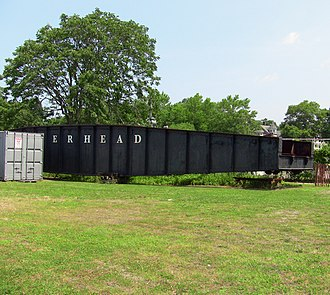 Railroad Museum of Long Island - Image: RR Turntable in Riverhead, NY