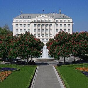 Lenuci Horseshoe - Esplanade Zagreb Hotel on Ante Starčević Square