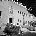 Rehovot Weizmann Institute een van de gebouwen op het terrein van het instituu, Bestanddeelnr 255-3893.jpg