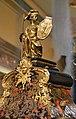 Rellotge tipus Boulle (detall), antecambra del palau del marqués de Dosaigües.JPG