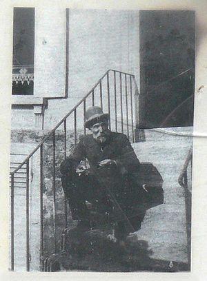 Martial Caillebotte - Image: Renoir à Montmartre vers 1885