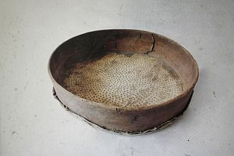 Riddle drum - The underside of a riddle drum