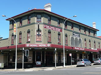 Bondi, New South Wales - Image: Royal Hotel 1