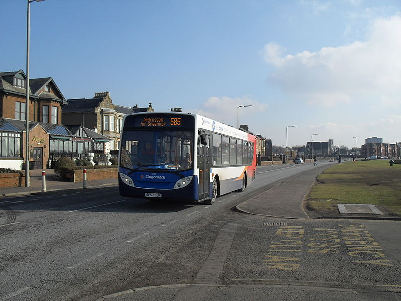 File:SF57 LUP (Route 585) at Ardrossan (8321767431).jpg