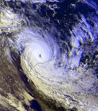 1999–2000 Australian region cyclone season - Image: STC John dec 14 1999 0732Z