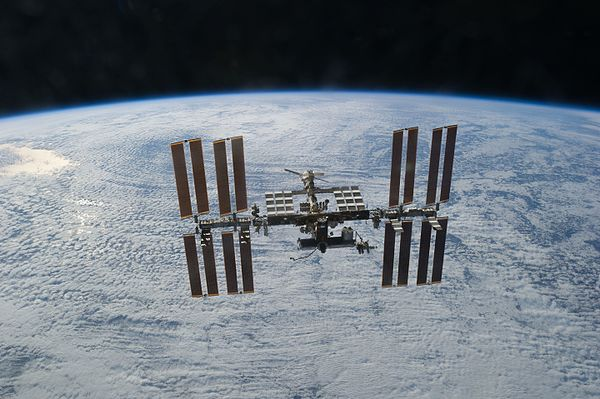international space station tracking - HD 4256×2832