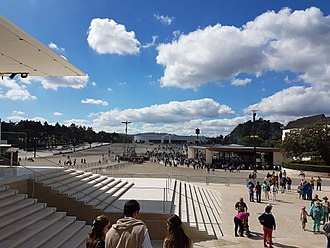 Basilica of the Holy Trinity (Fátima) - A perspective of the church within the perimeter of the Sanctuary of Fátima.