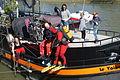 Scuba diving @ Seine @ Paris (26115843422).jpg