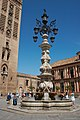 Sevilla - Plaza de la Virgen de los Reyes - 20070519-02.jpg
