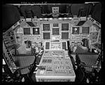 Shuttle Discovery cockpit LOC HAER 579866pu.jpg