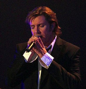 Simon Le Bon - Le Bon performing in 2005