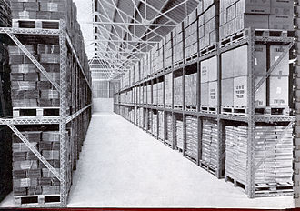 Pallet racking - Pallet racking made from Dexion slotted angle