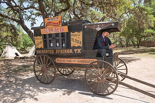 Snake-oil salesman Professor Thaddeus Schmidlap at Enchanted Springs Ranch, Boerne, Texas, USA 28655a